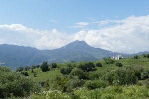 El Hacho de Gaucín desde Sierra Crestellina en Mirador de Los Buitres